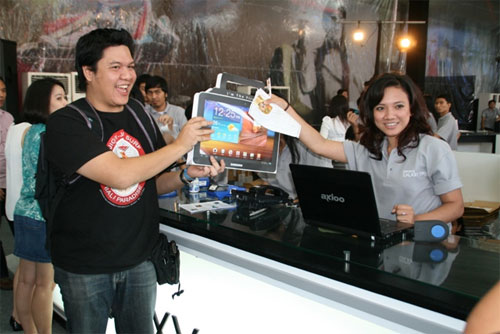 Samsung Galaxy Tab 10.1 in Indonesia